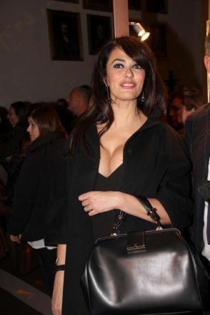 Maria Grazia Cucinotta: che décolleté